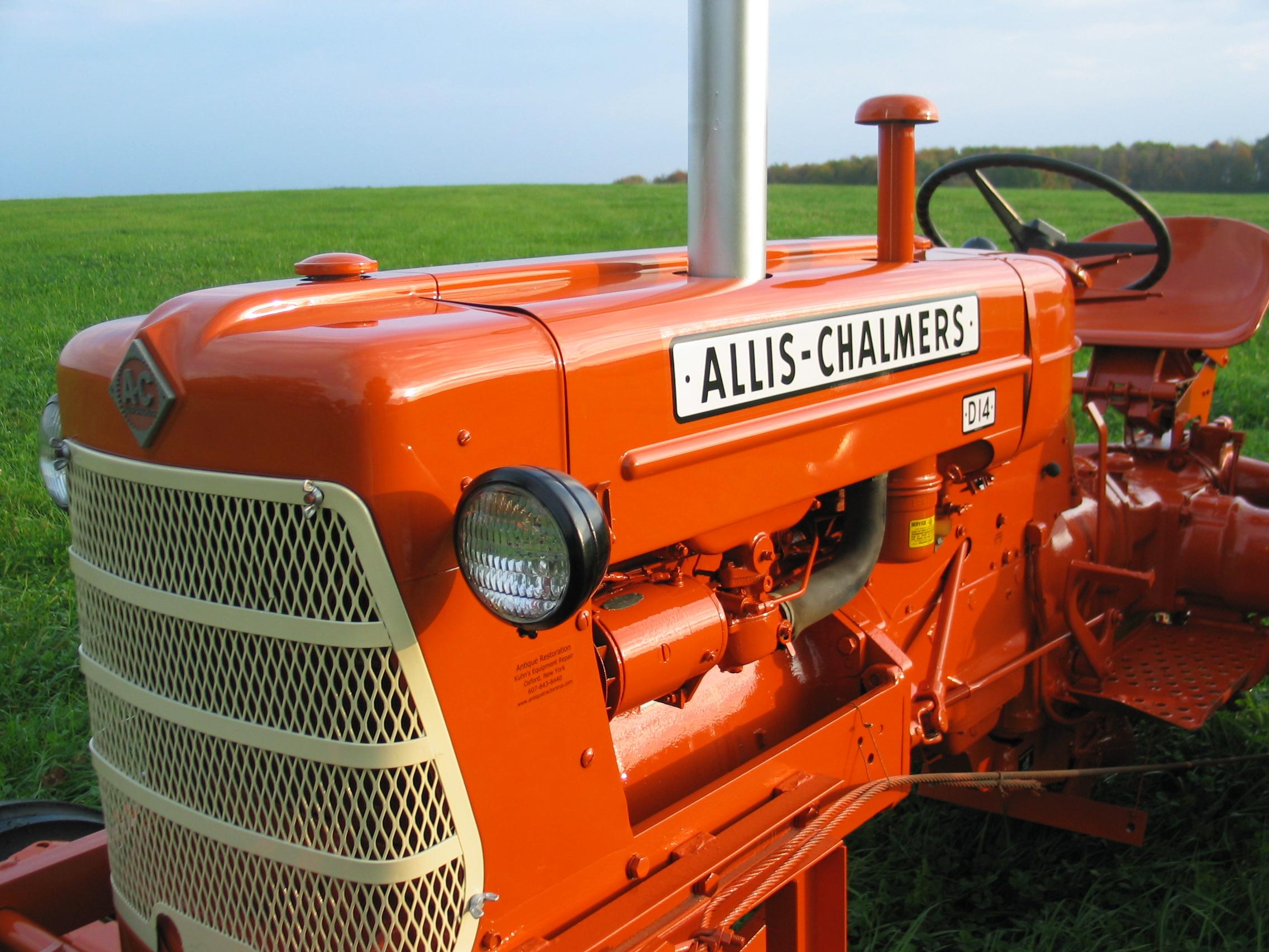 Allis Chalmers D 14 Restoration | Kuhn's Equipment Repair